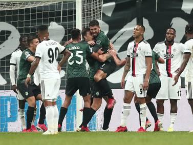 Polémicas decisiones del VAR enmarcaron el triunfo del Sporting Lisboa ante Besiktas